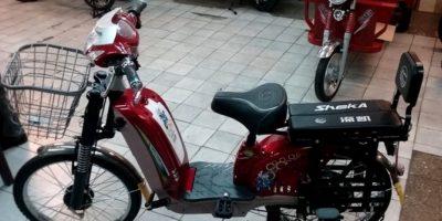 Motos y bicicletas eléctricas ya no podrán circular libremente