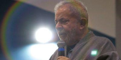 Rousseff dice que denuncia contra Lula es para impedir su candidatura