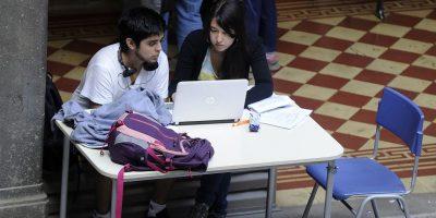 Chile es el cuarto país que más gasta en educación superior entre los países miembros de la Ocde