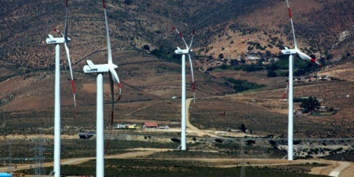 Salarios para profesionales en el área de energías renovables se podría hasta duplicar