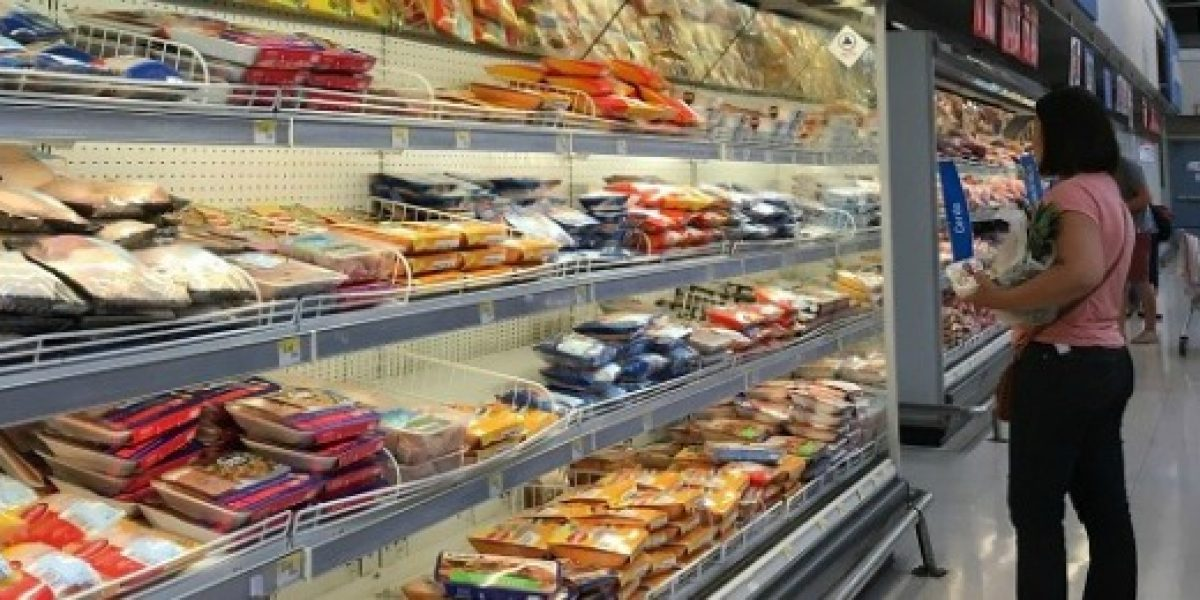 Corte Suprema confirma multas a SMU por fusión de supermercados