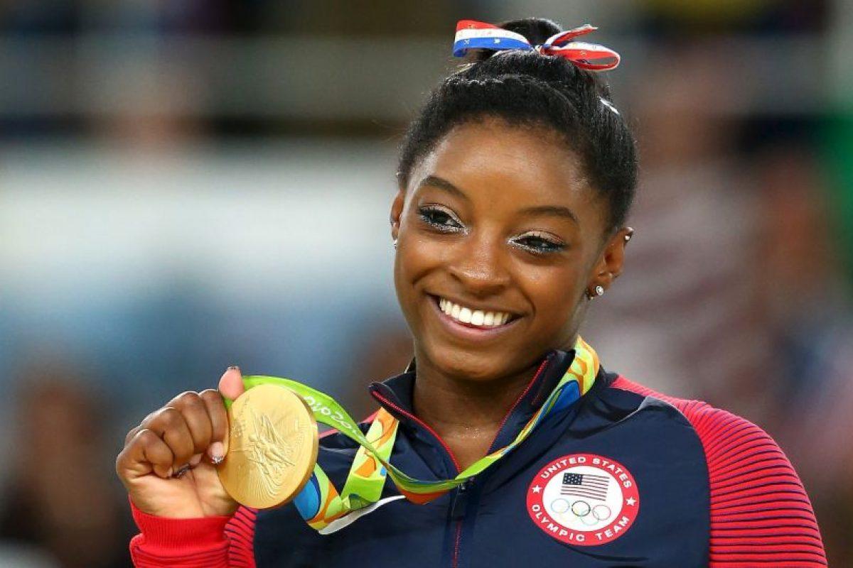 Getty Images Foto:La gimnasta cosechó cuatro oros en los Juegos Olímpicos de Río 2016. Imagen Por: