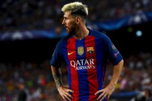 Foto:BARCELONA, SPAIN – SEPTEMBER 13: Lionel Messi of Barcelona looks on during the UEFA Champions League Group C match between FC Barcelona and Celtic FC at Camp Nou on September 13, 2016 in Barcelona, Spain. (Photo by David Ramos/Getty Images). Imagen Por: