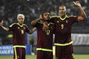 Getty Images Foto:Los llaneros sólo suman dos puntos en las Clasificatorias rumbo a Rusia 2018 y ahora jugarán ante Bolivia y Perú, dos que también están complicados.. Imagen Por: