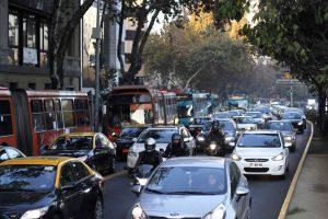 Las autoridades de Transporte y Medio Ambiente realizaron un llamado a la ciudadanía a sumarse a la conmemoración del Día Mundial Sin Auto, junto a otras 1.500 ciudades del mundo que participarán el día jueves de esta actividad. Foto:Agencia UNO. Imagen Por: