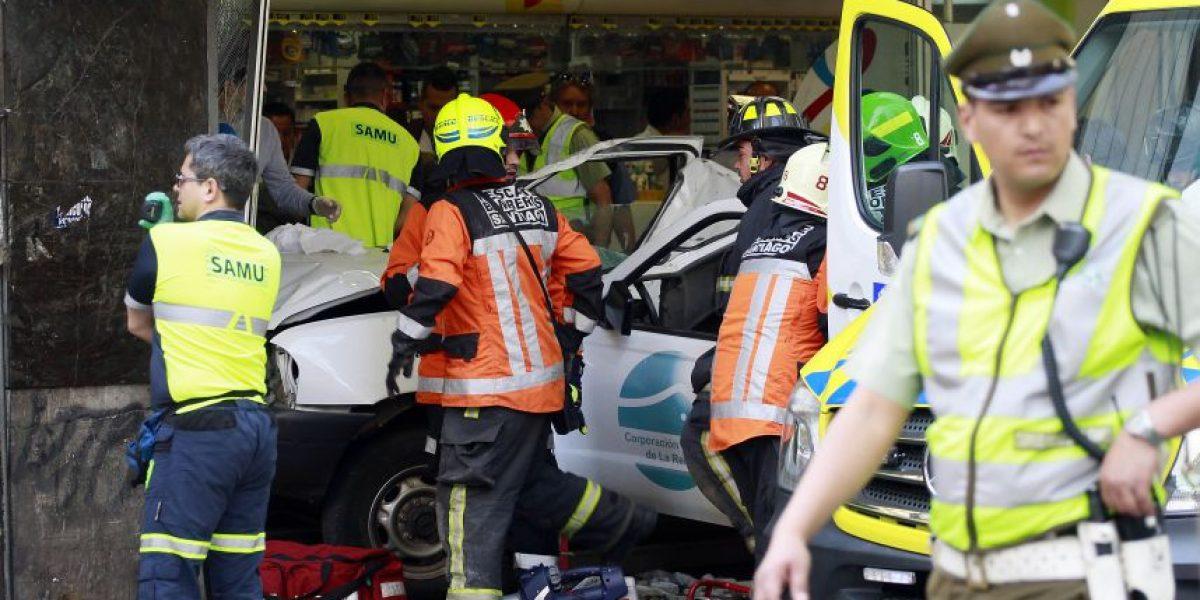 Caída de revestimiento en sector del Eurocentro provoca atropello múltiple y deja tres heridos con riesgo vital