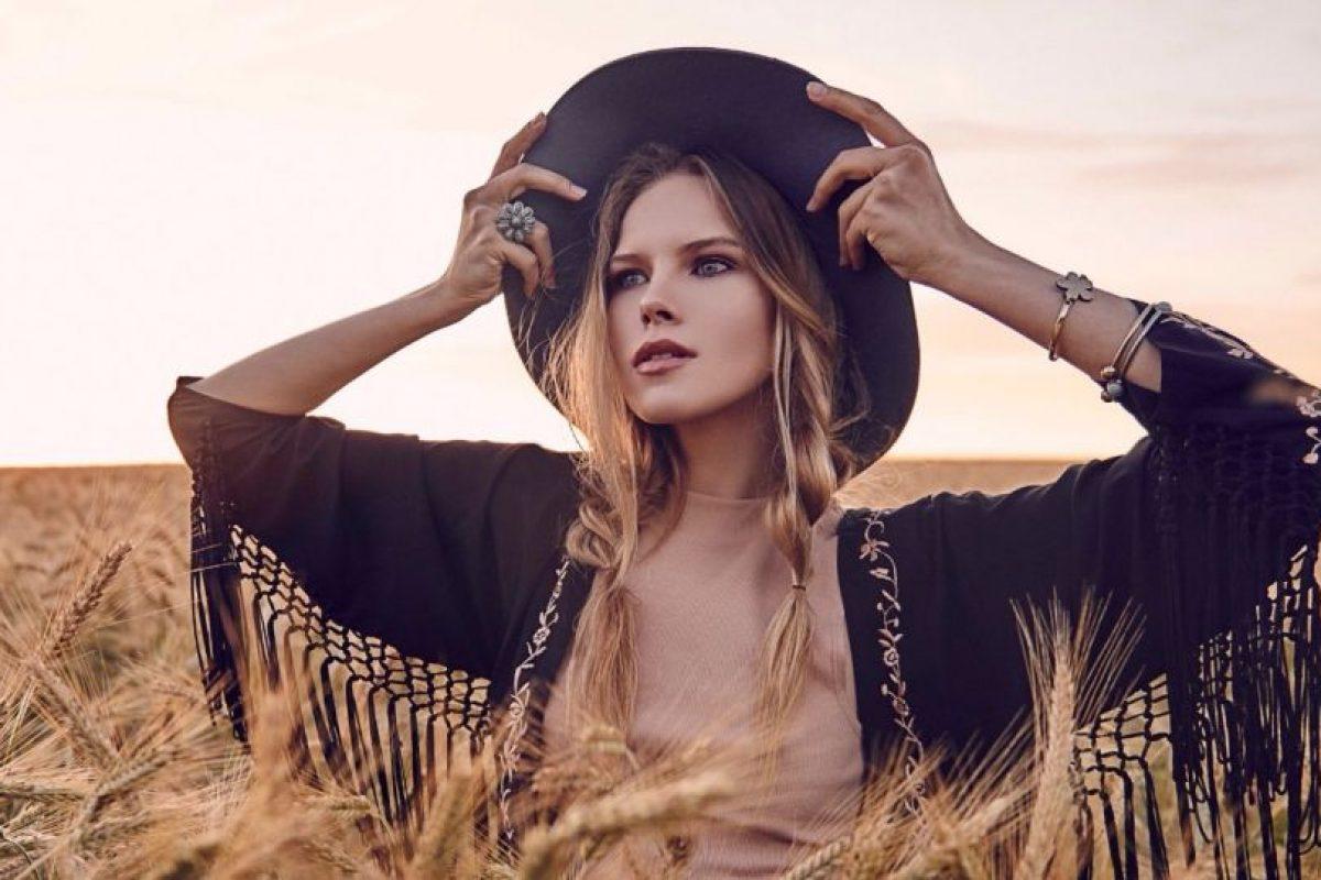 Participó en un concurso de belleza Foto:Vía instagram.com/ann__adamson/. Imagen Por: