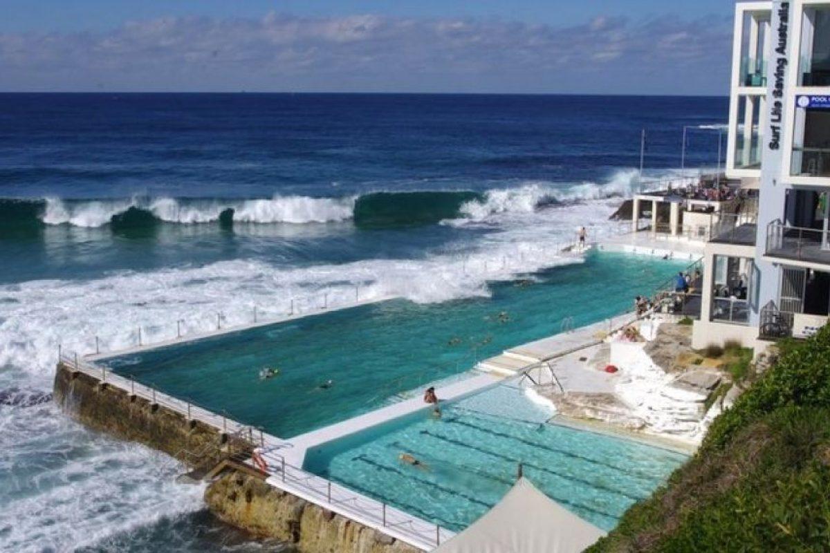 Bondi Icebergs Pool, Australia. Es una piscina que forma parte del club Icebergs Club de Bondi, uno de los balnearios más selectos de Australia. El recinto requiere membresía para por ingresar. Foto:Pintest. Imagen Por: