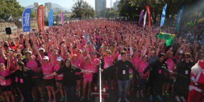 Corrida contra el cáncer de mamas congrega a más de ocho mil personas