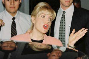 Ella tuvo una relación extramarital durante 12 años con Bill Clinton Foto:AFP. Imagen Por: