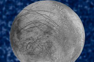 """Esta es la imagen compuesta de """"Europa"""". Es una composición realizada por la NASA y aquí se pueden ver los penachos de vapor Foto:NASA. Imagen Por:"""