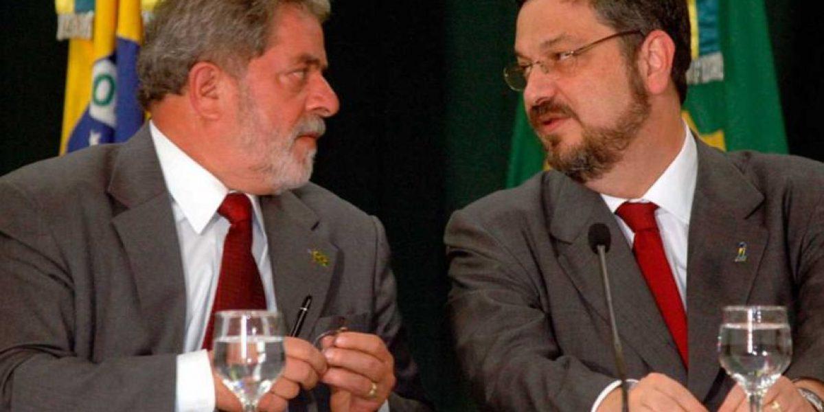 Policía de Brasil detiene a influyente ex ministro de Lula y Rousseff por caso Petrobras