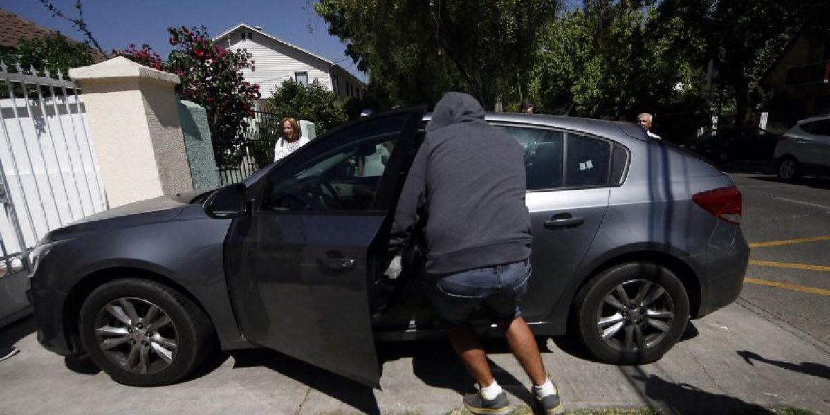 Portonazo afectó a hombre que ingresaba a su casa en Lo Barnechea