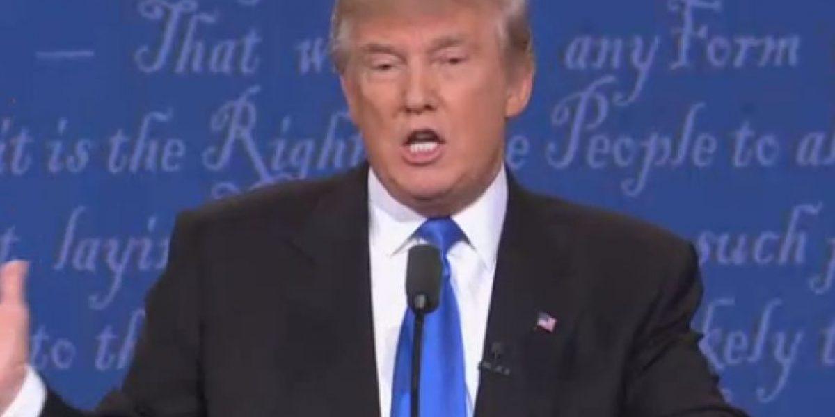 Trump promete liberar declaración de impuestos si Clinton revela 33 mil emails