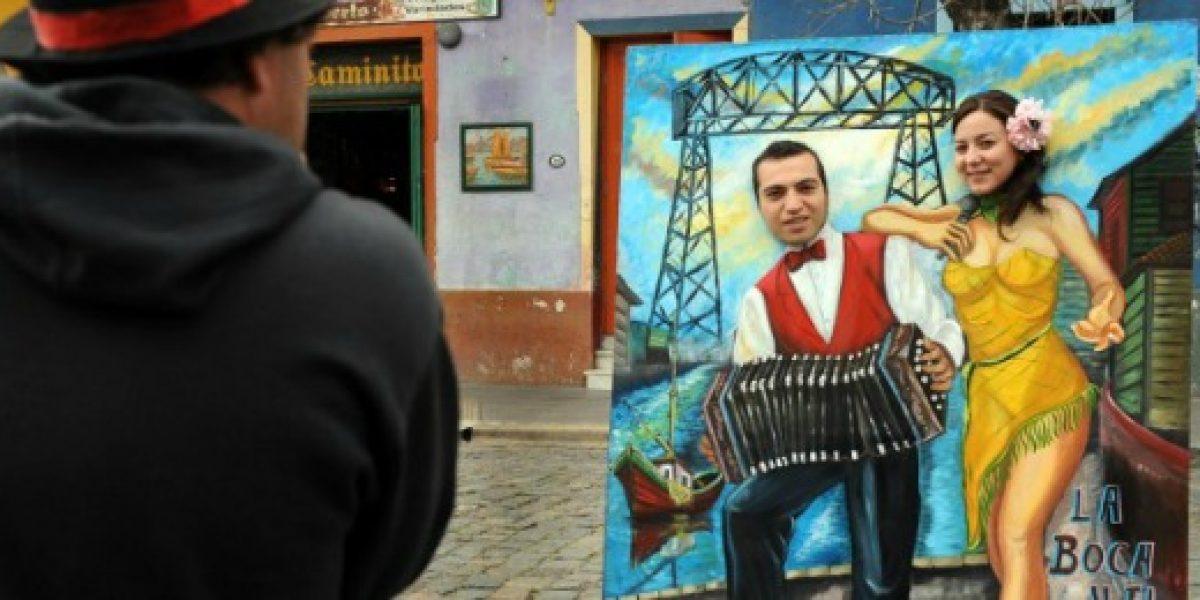 Gobierno argentino firma decreto que devuelve a turistas extranjeros el IVA del alojamiento
