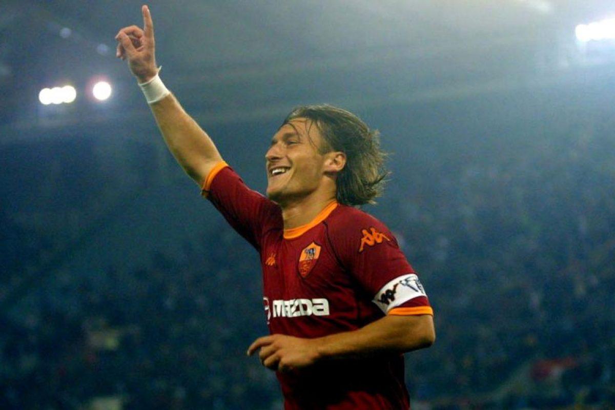 Francesco Totti es el máximo goleador del club capitalino y también el que más partidos ha jugado, con un total, a la fecha, de 763 encuentros. Foto:Getty Images. Imagen Por: