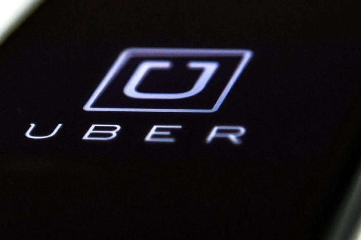 En la carta el pasajero detalla lo que le ocurrió el 26 de septiembre con el conductor de Uber, quien le confidenció que diariamente le cancelan cerca de 20 viajes sólo por su discapacidad. Foto:Efe. Imagen Por: