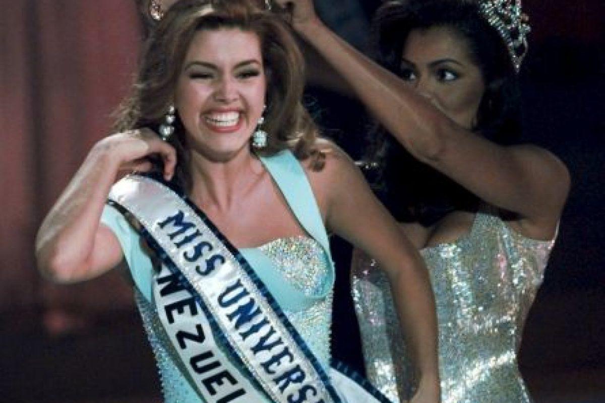 Alicia Machado fue coronada Miss Universo en mayo de 1996 Foto:AP. Imagen Por: