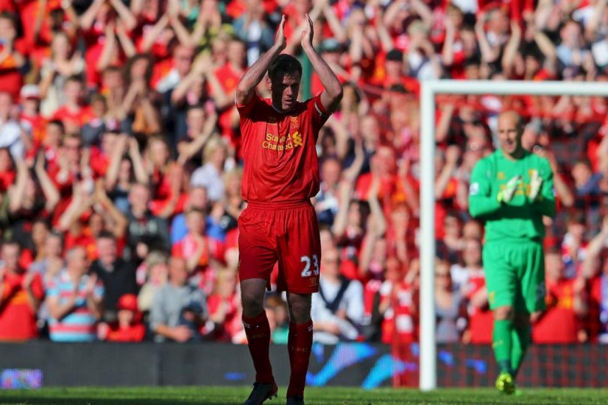 Es uno de los grandes ídolos de Liverpool por su fidelidad a un club que valora estos gestos. Se retiró en 2013 tras 17 años en el club y sumó un total de 737 partidos con la camiseta de los Reds, además de dos FA Cup, tres League Cup, dos Community Shield, una UEFA Cup, dos Supercopa de Europa y la recordada Champions League de 2004/05, cuando dieron vuelta un partido increíble ante el AC Milán y terminaron ganando en penales. Foto:Getty Images. Imagen Por:
