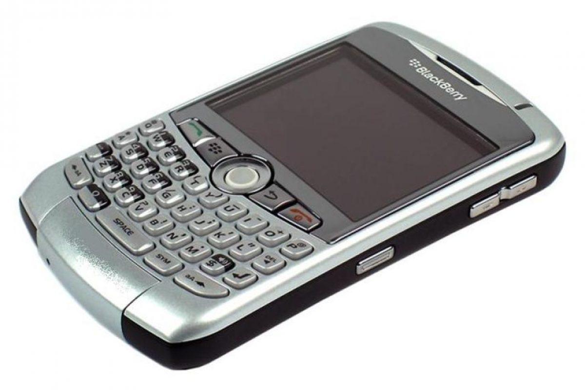 BlackBerry Curve 8300 Foto:Reproducción / technology.ihs.com. Imagen Por: