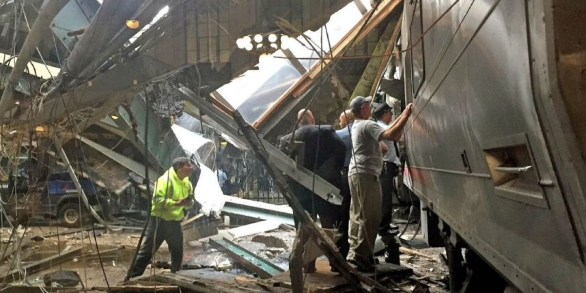 Las impactantes imágenes del accidente de tren en Nueva Jersey que dejó un centenar de heridos