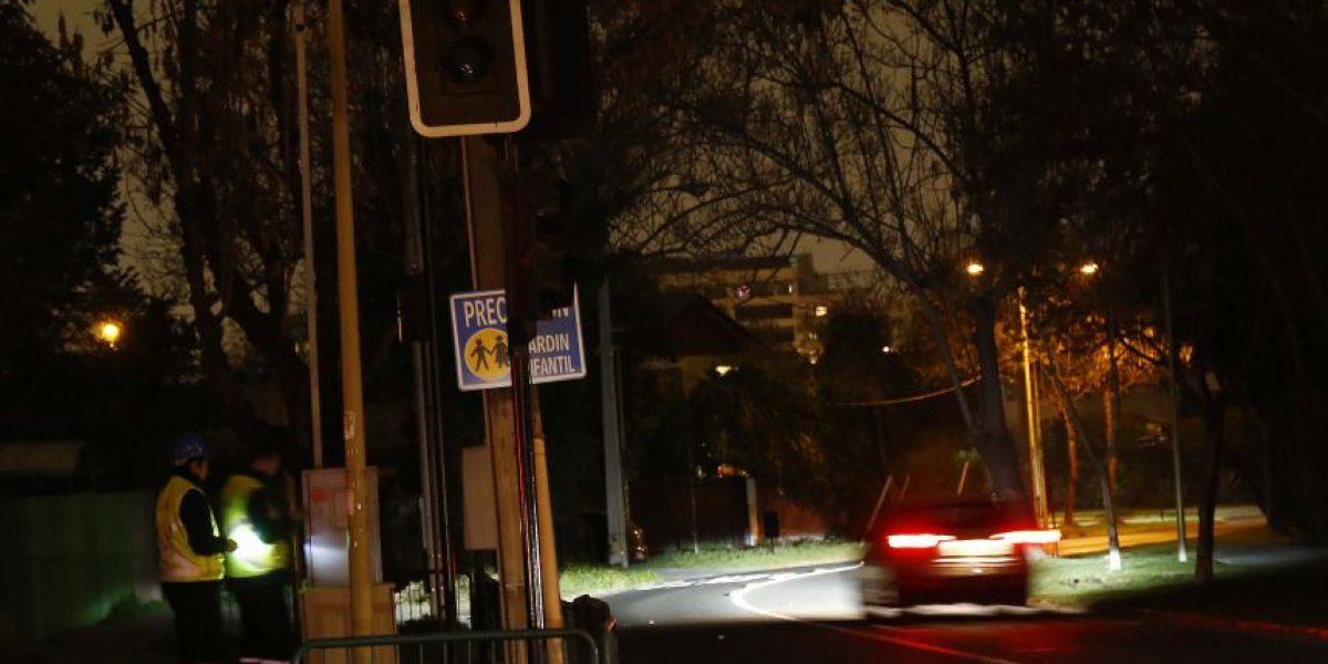 Reportan cortes de energía eléctrica en comunas de la zona oriente de Santiago