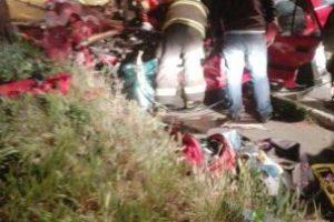Producto del choque otras tres personas resultaron lesionadas y fueron trasladadas a diversos recintos asistenciales. Foto:Reodrigo Fuentes / Publimetro. Imagen Por: