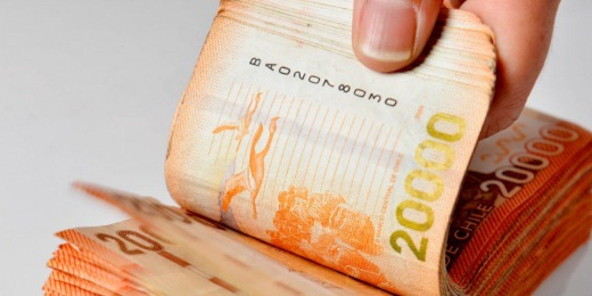 Comenzó devolución de más de mil 100 millones de pesos en excesos de Fonasa