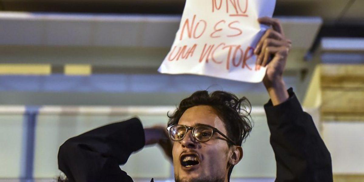 Los rostros de la decepción por triunfo del No en plebiscito por la paz en Colombia