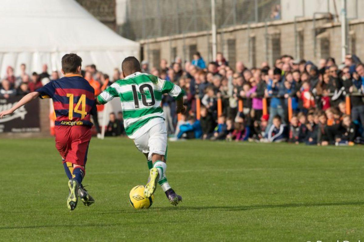 Pese a que ahora está en boca de todos, Dembélé salto a la fama tras lucirse en el torneo St Kevin's Academy Cup de este año. Foto:Paul Dolan-Flickr. Imagen Por:
