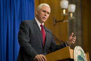Mike Pence, gobernador de Indiana Foto:Getty Images. Imagen Por: