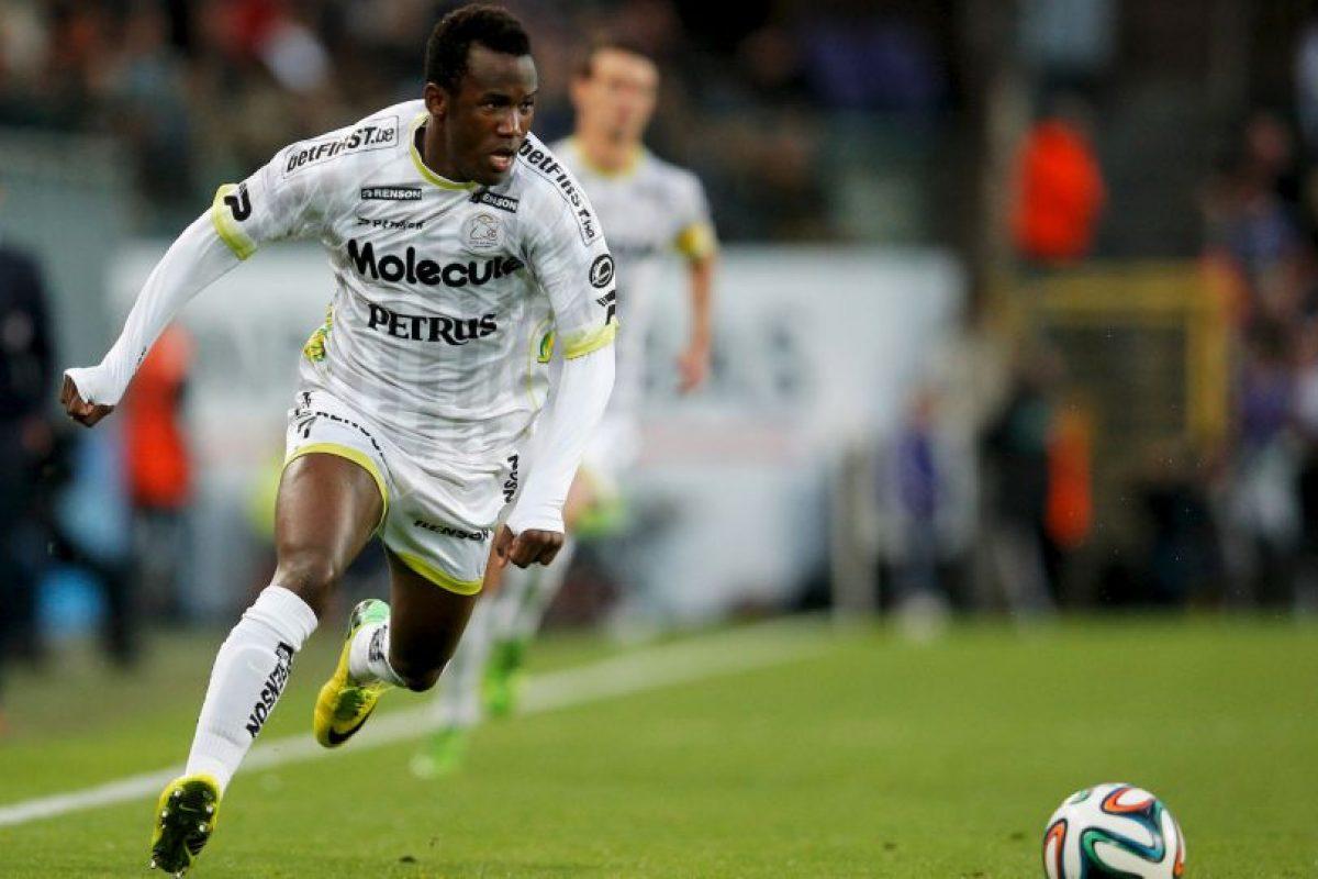 Fabrice Olinga es el futbolista más joven que marcó en la Liga de España. El camerunés anotó a los 16 años y 98 días Foto:Getty Images. Imagen Por: