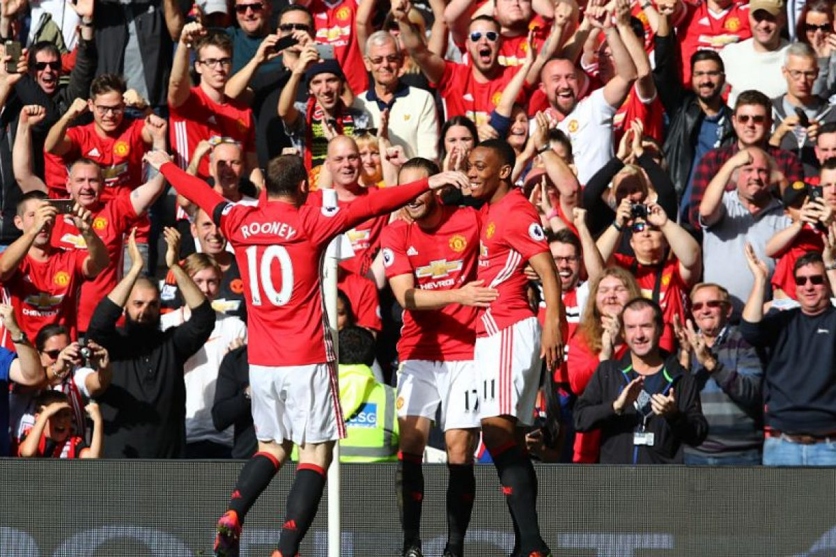 1.- Manchester United (718 millones) Foto: Getty Images. Imagen Por: