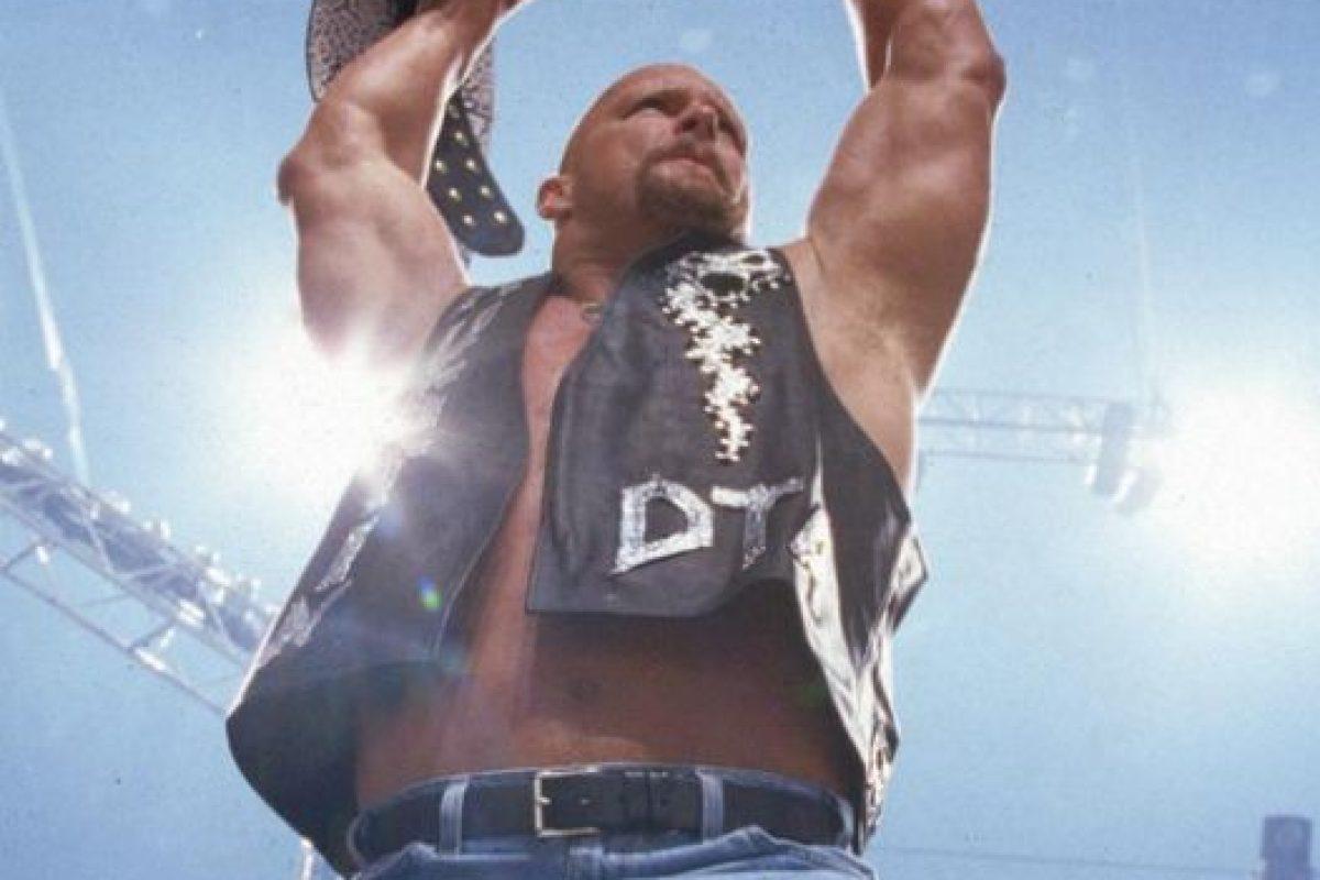 """""""La Serpiente cascabel"""" – Stone Cold Foto:WWE. Imagen Por:"""