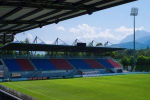 Rheinpark Stadion (Liechtenstein). Es el estadio más importante de Liechtenstein y ofrece una increíble vista de los Alpes. Con sus seis mil espectadores, es el estadio más importante del país y es la casa de la selección y el FC Vaduz. Foto:Sitio web oficial FC Vaduz. Imagen Por:
