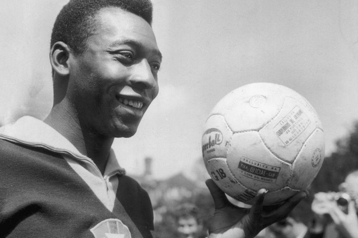 Pelé – delantero centro Foto:Getty Images. Imagen Por: