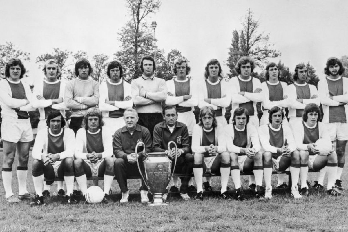 Piet Keizer (sexto de izquierda a derecha, parados) – puntero por izquierda. Imagen Por: