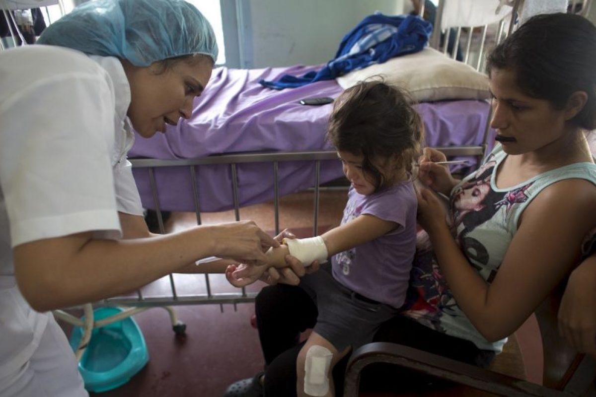 De acuerdo a testimonios de los familiares, en la semana que Ashley se enfermó, el presidente Nicolás Maduro pidió a la población cultivar hierbas curativas Foto:AP. Imagen Por: