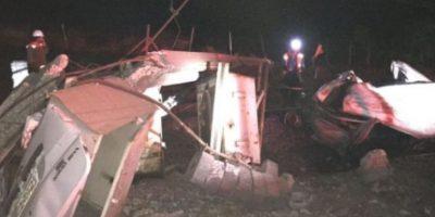 Tren y furgón chocan en Buin dejando un fallecido