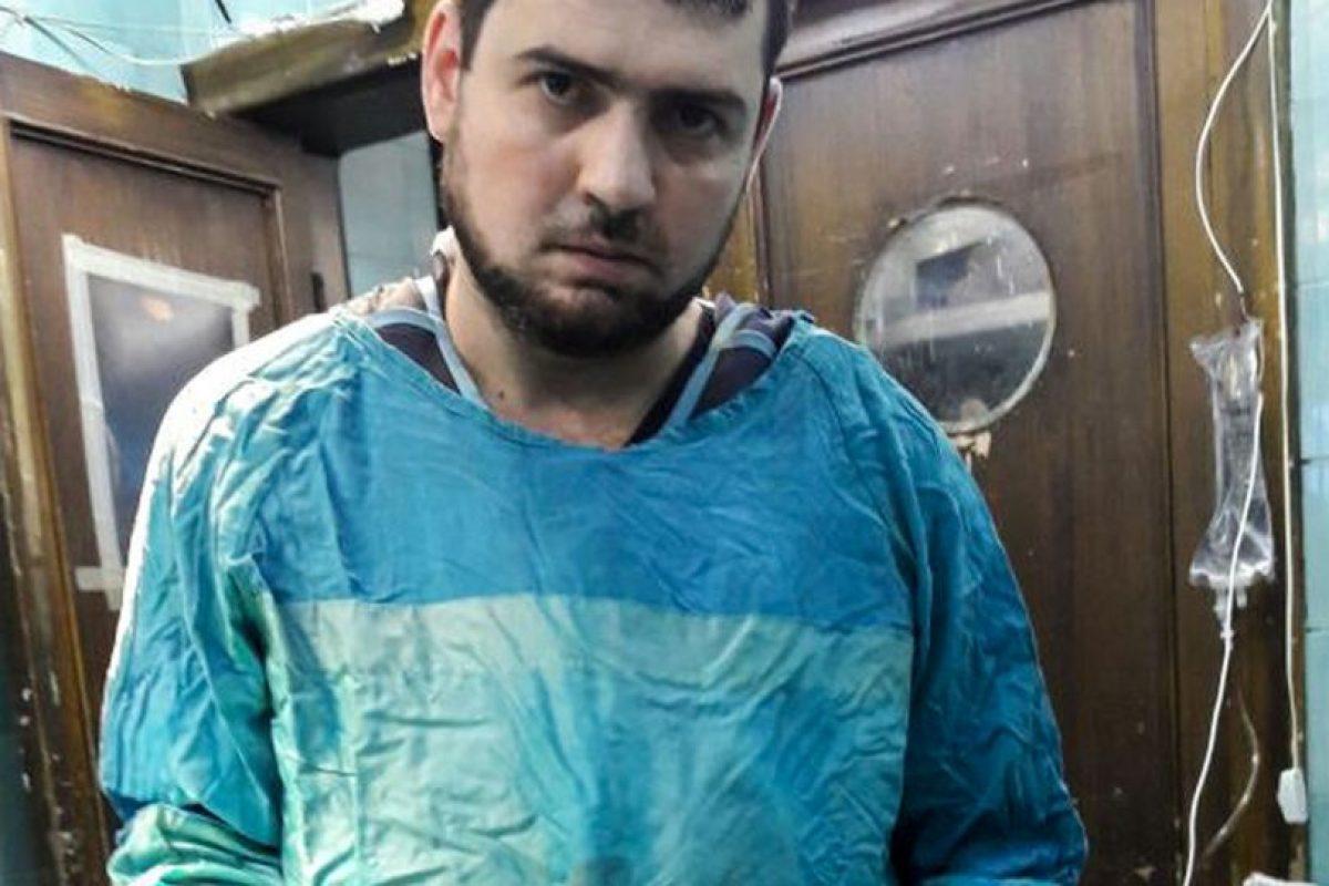 Abu salió del este de Alepo el 21 de agosto creyendo que el bloqueo había terminado, pero cuando el cerco se volvió a cerrar no pudo volver. En estos momentos trabaja en el hospital de MSF de Al Salama, en el distrito de Azaz, cerca de la frontera con Turquía. Foto:MSF. Imagen Por: