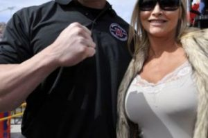 Brock Lesnar y Sable se casaron en 2006 Foto:WWE. Imagen Por:
