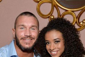 En 2014 se rumoró una relación de Randy Orton con Jojo Foto:WWE. Imagen Por: