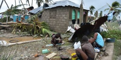 Huracán Matthew comienza a azotar a Estados Unidos tras dejar más de 300 muertos en Haití