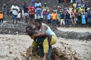 """Las postales que """"Matthew ha dejado en su paso por América"""" Puerto Príncipe, Haiti, 5 de octubre. Foto:AFP. Imagen Por:"""