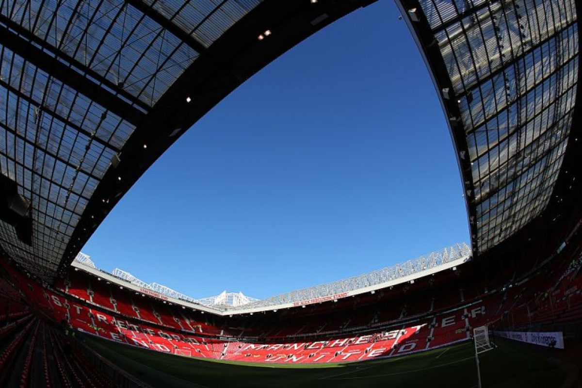 4.Manchester United – Old Trafford (114 millones). Imagen Por: