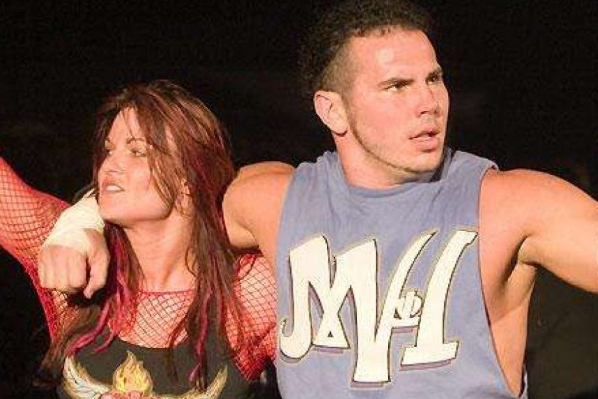 Matt Hardy descubrió que Lita lo engañó con Edge. Después salió de WWE. Foto:WWE. Imagen Por: