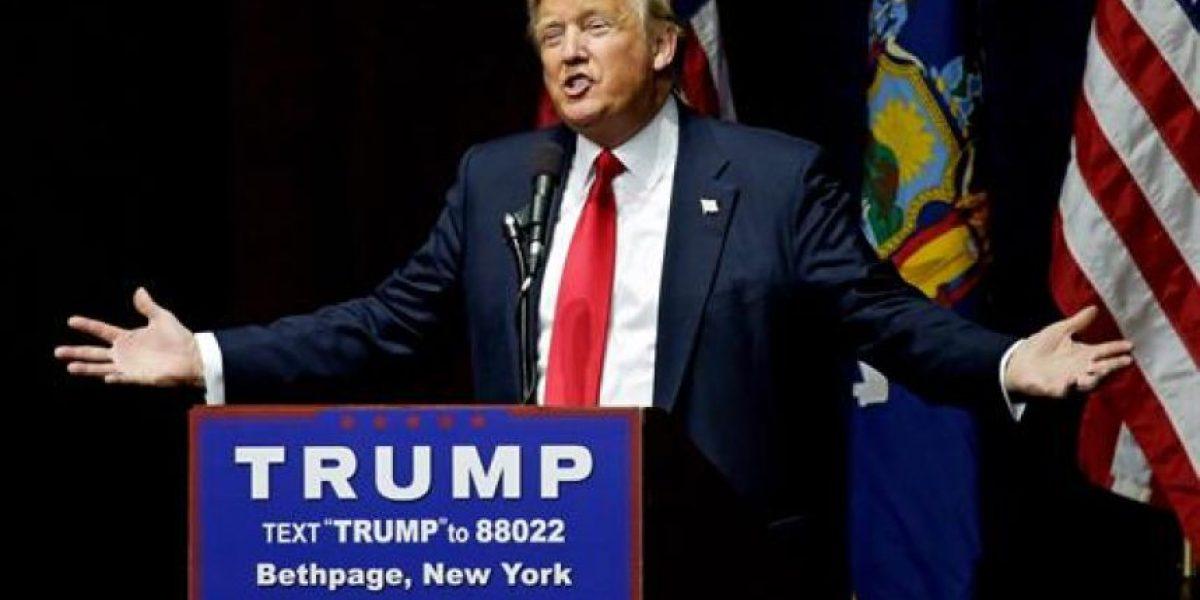 Trump rechaza renunciar por sus comentarios denigrantes sobre las mujeres