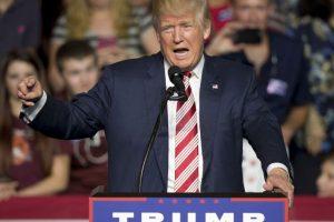 Donald Trump ha estado entre la espada y la pared por sus comentarios Foto:AP. Imagen Por: