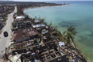 En Grande Anse, el departamento más afectado, en el sur del país, hubo 198 muertos, 97 heridos y 99.400 refugiados. Foto:Afp. Imagen Por: