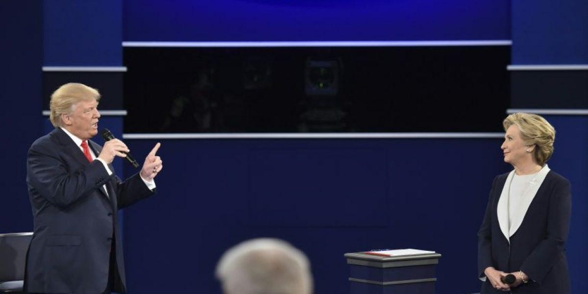 Trump y Clinton se enfrentan con escándalos sexuales en su segundo debate
